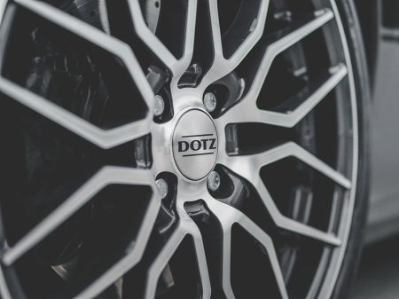 DOTZ LimeRock dark Fiat500 Abarth_imagepic05