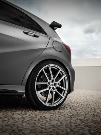 AEZ Raise hg Mercedes_AMG45_Imagepic08