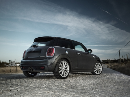 DEZENT TM_MINI Cooper S_Imagepic02